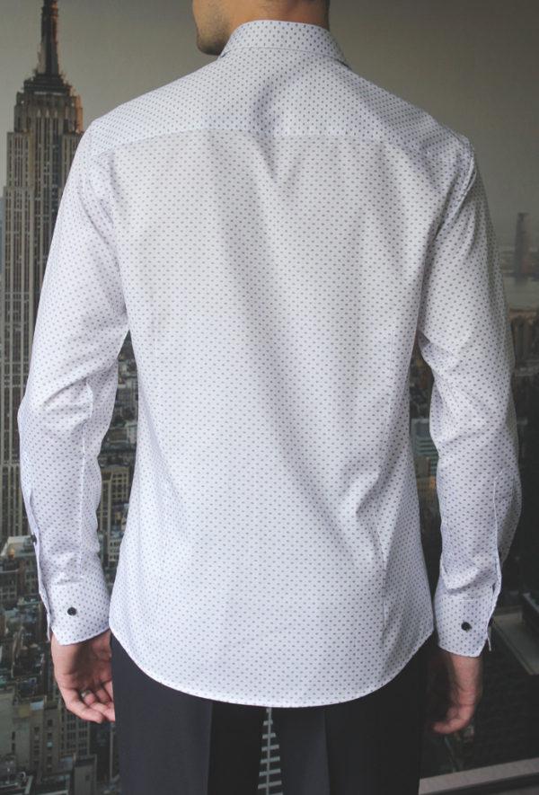 Белая рубашка с черным узором Vester 86416 E сзади