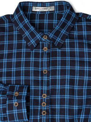 Синяя рубашка в голубую клетку фон